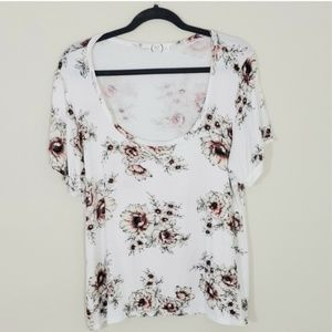 24/7 Maurices Sz XL floral top- ivory and orange